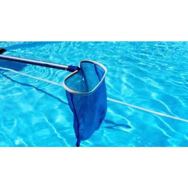 ¿Cómo mantener una pequeña piscina sin bomba?
