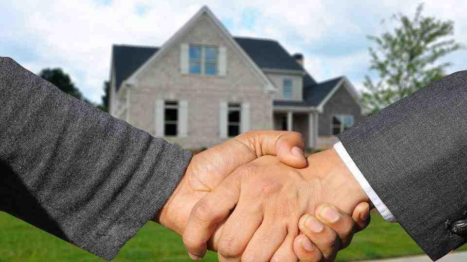 ¿Cómo puedo abrir una inmobiliaria?