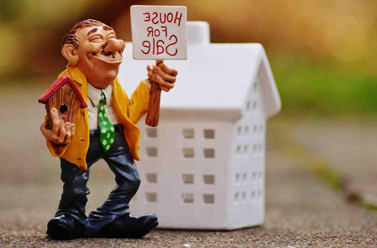 ¿Cómo se llama una carrera en el sector inmobiliario?