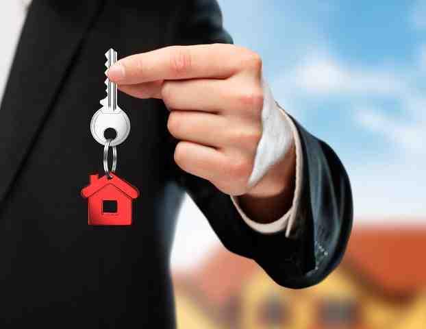 ¿Dónde puedes estudiar para convertirte en agente de bienes raíces en Lima?