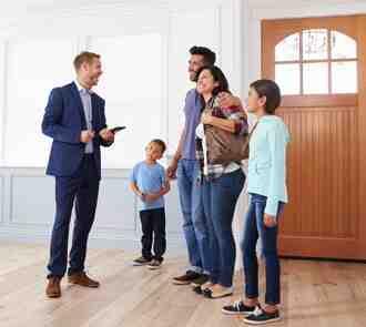 ¿Qué se necesita para ser un agente inmobiliario?